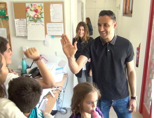 Keylor Navas visita la Fundación Querer
