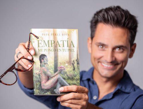 """El escritor José Vicente Pérez Boix ha realizado una donación a la Fundación Querer por el lanzamiento de su libro """"Empatía. Me pongo en tu piel"""" de la Editorial Círculo Rojo"""